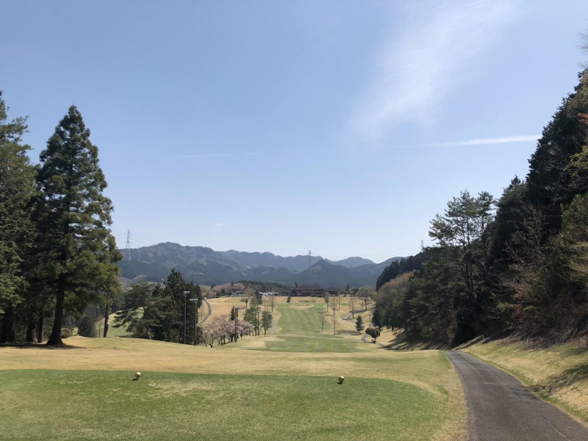 【スタッフブログ】ゴールデンウィークゴルフ!